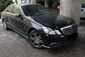 unfallschaden Mercedes E Klasse gutachten 300x200 - Nutzungsausfallentschädigung: Diese Optionen haben Sie nach einem unverschuldeten Autounfall